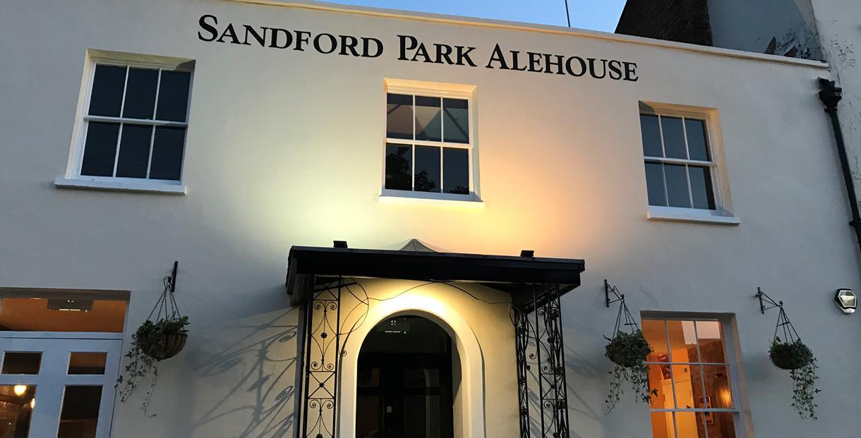 Sandford Park Ale House