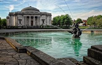 Lady Lever Art Gallery by Fotografy