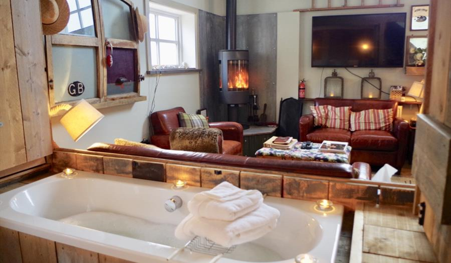 Cheshire Boutique 5*Barns, relax in the luxurious bathroom
