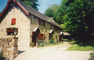 Ffynnon Farm Cottages