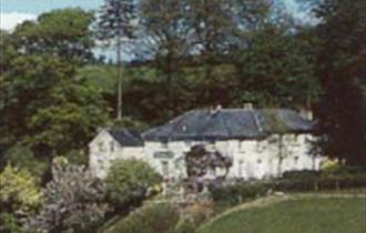 Pen - Y - Dyffryn Country Hotel