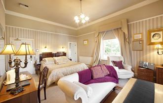 Alexandra Court Hotel