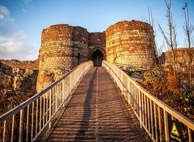 Beeston Castle and Bridge - English Heritage