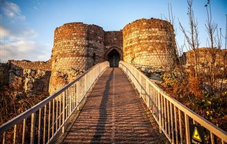 Beeston Castle and Bridge - English Heritage