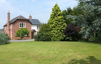 Brook House Farm Cottage - SC