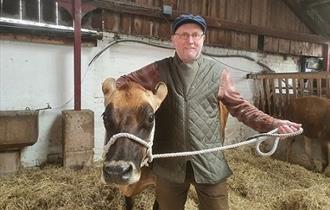 Percy the Park Keeper - Treasure Hunt at the Farm