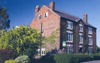 pickmere guest house