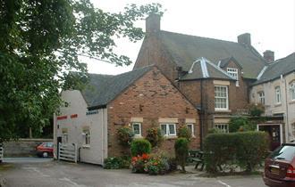Egerton Arms Country Inn