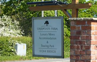 Oakwood Farm Luxury Mews and Touring Park
