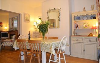 Open plan lounge & dining area at Camelia House
