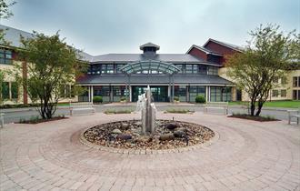 Wychwood Park Hotel & Golf Club