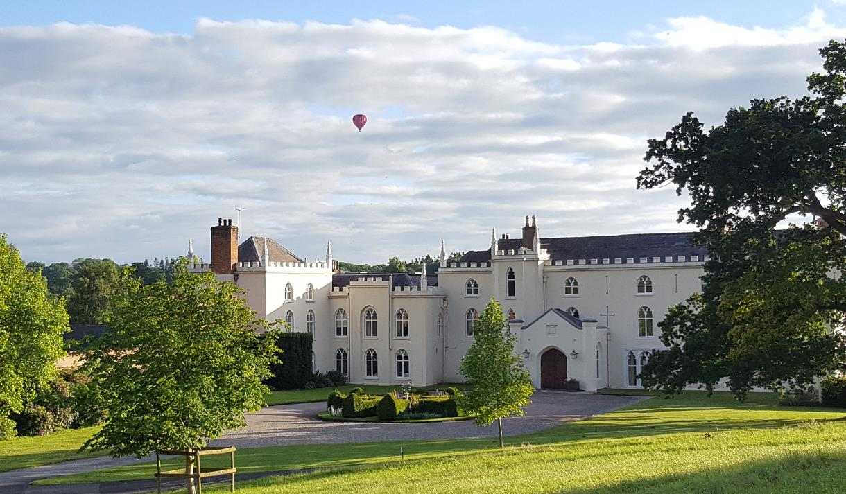 The North Wing - Boutique Bed and Breakfast at Combermere Abbey