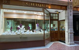 Chique Jewellers