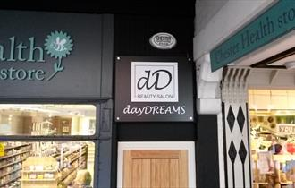 Daydreams Beauty Salon
