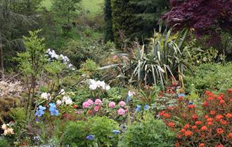 gardens at dunge valley