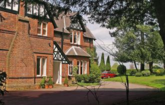 Rostherne Country House