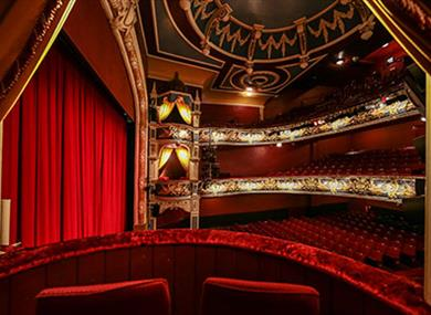 Have a night to remember at the Crewe Lyceum Theatre.