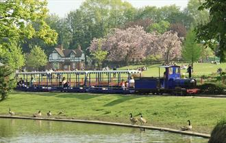Miniature train in Queen's Park