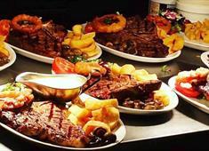 Soulville Steakhouse food