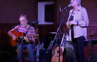 Acoustic Music with Dave Ellis & Boo Howard
