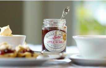 Little Scarlet Jam