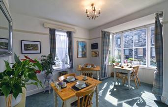 Image of breakfast room at Garth Dderwen guest house