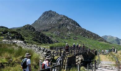 Image of walkers in Snowdonia