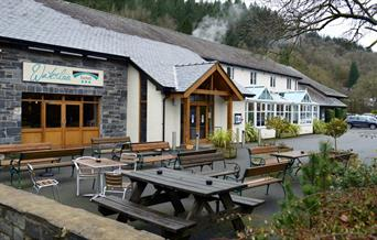 Exterior and seating area, Waterloo Hotel, Betws-y-Coed