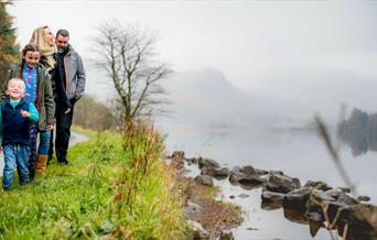 Taith gerdded i deulu, Llyn Crafnant, Gogledd Cymru