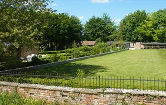 Whitminster House Self Catering Cottages