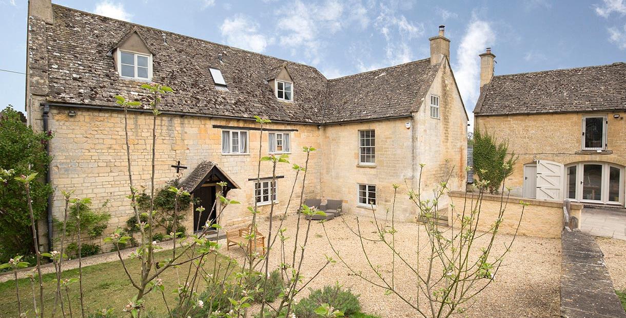 Sudeley Castle Cottages - Almsbury Farm