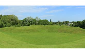 Cirencester Roman Amphitheatre (photo George Sayers)