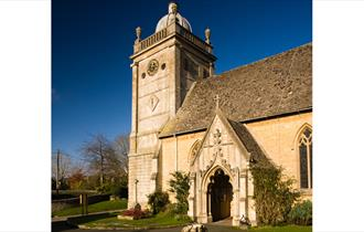 St Lawrence's Church, Bourton on the Water