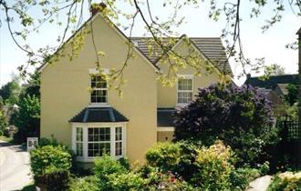Holly House, Ebrington