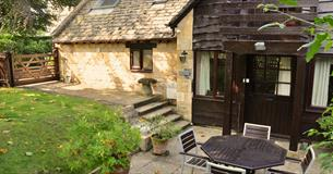 Cotswold Holidays - three self-catering cottages in Broadway