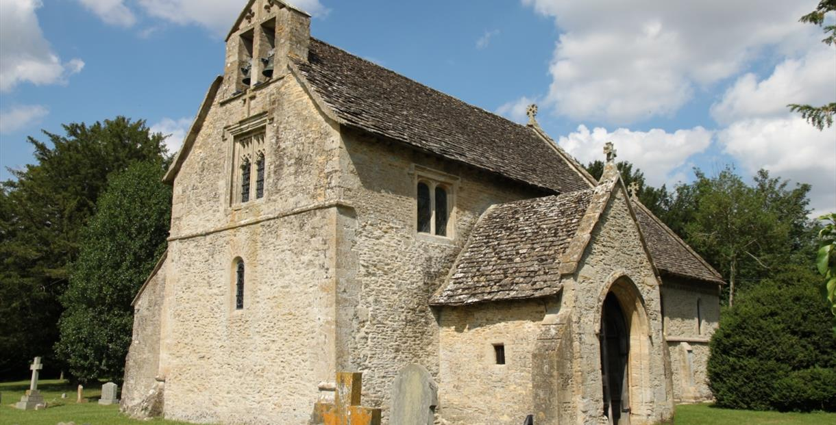 St Margaret's Church in Little Faringdon (photo courtesy of www.oxfordshirechurches.info)