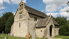 St Margaret's Church in Little Faringdon (photo courtesy of www.oxfordshirechurches.info)