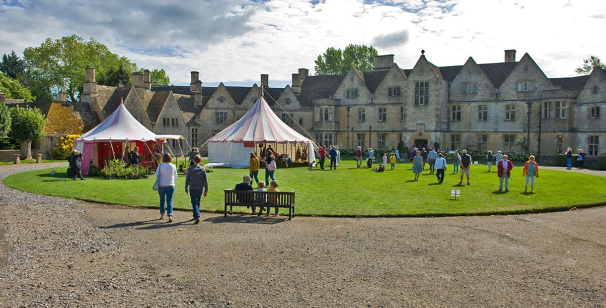 Crafts Alive at Rodmarton Manor, Gloucestershire