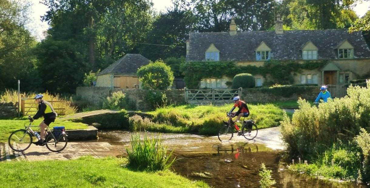 Cyclists at Upper Slaughter