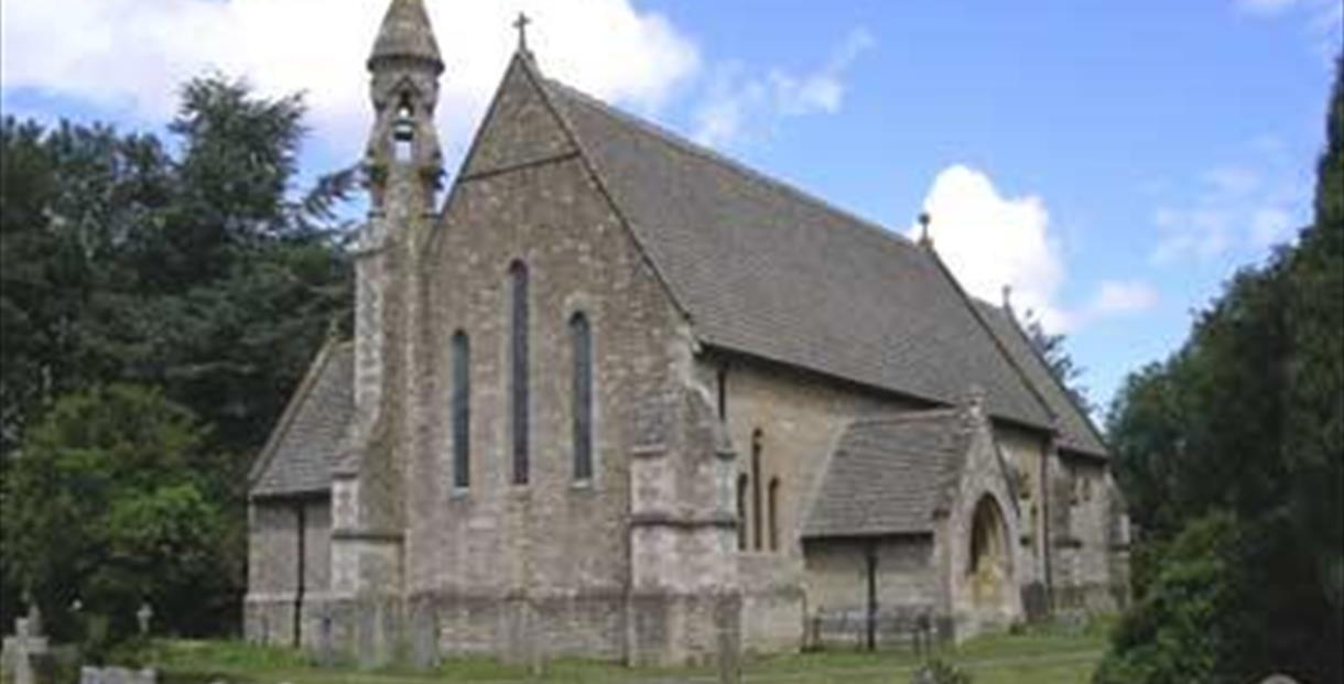 St John The Evangelist Church in Hailey (photo courtesy www.oxfordshirechurches.info)