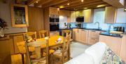 Thatch Close Cottages- Bramble's Barn kitchen diner