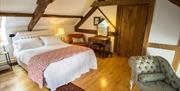 Thatch Close Cottages - Cider Cottage bedroom