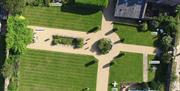 Wharton Lodge Cottages - Elgar, Grosvenor & Harewood Gardens Parkland and Glasshouse for Relaxing
