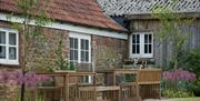 Lodge Barn private outdoor entertaining and seating area