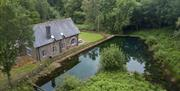Pump House - stunning tranquil location next to pond
