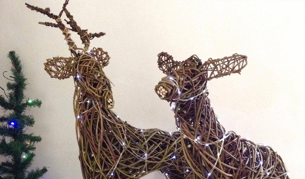 WEAVE A WILLOW REINDEER at Humble by Nature