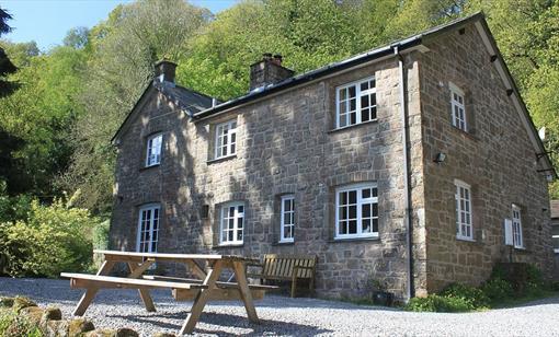 Stay at Church Hill Farm, Penallt, near Monmouth