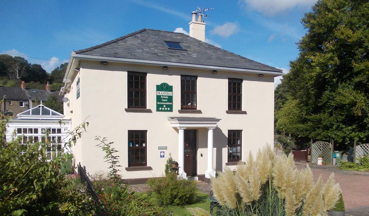 Deanfield Guest House