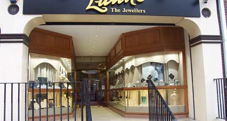 Lunn's The Jewellers