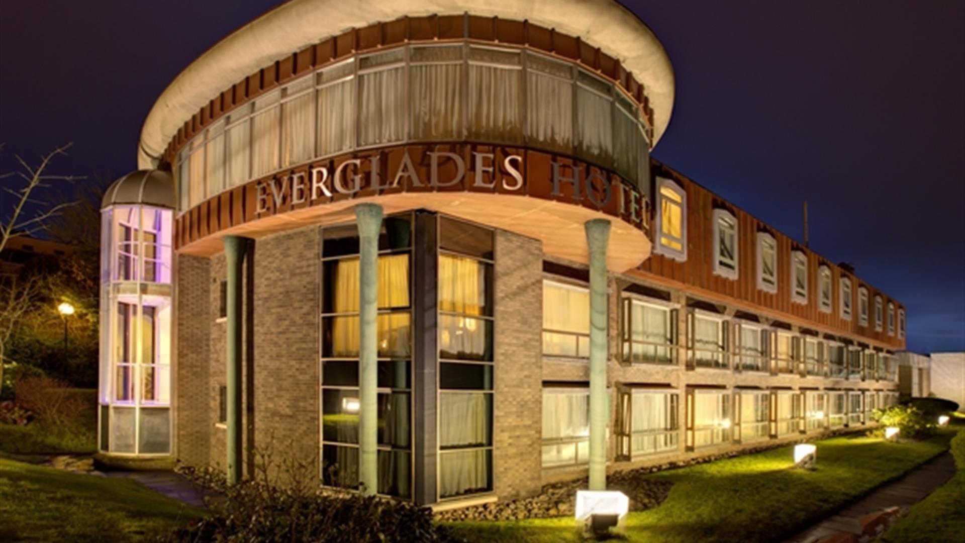 Exterior image of the Everglades Hotel